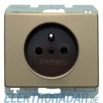 Berker Steckdose hbrz 6765740001